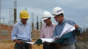 Bước 3: Hoàn thiện hồ sơ xây dựng, lựa chọn nhà thầu xây dựng, nhập vật tư