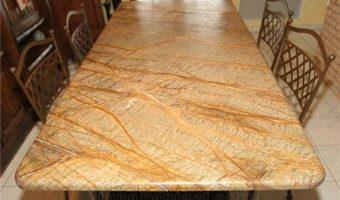 Đá marble vàng mang lại sự giàu sang cho gia chủ