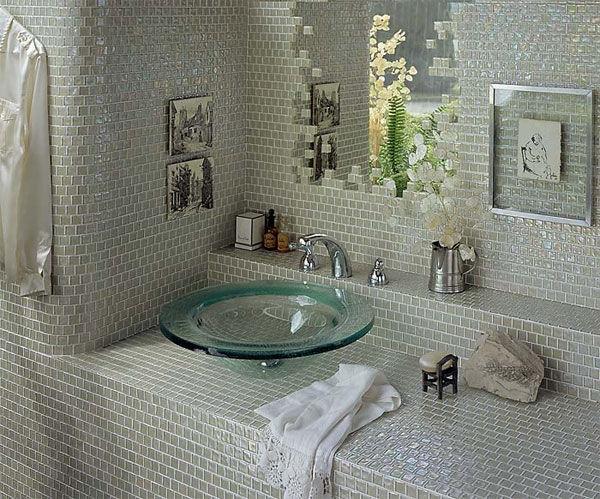 bao-gia-gach-mosaic-thuy-tinh-cho-phong-tam-sang-trong-9