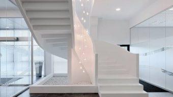 Những mẫu đá ốp lát cầu thang đẹp phổ biến hiện nay