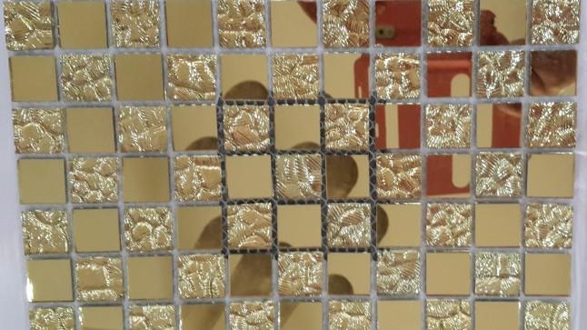 da-mosaic-thuy-tinh-su-lua-chon-khon-kheo-cua-moi-khong-gian-phong-tam-2