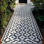 Thảm trải sàn bằng gạch bông