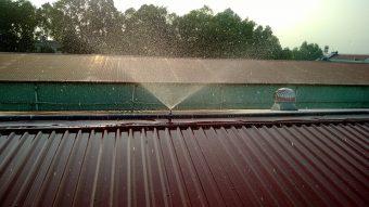 Chia sẻ cách làm mát mái tôn giữa những ngày hè nhiệt độ tăng cao