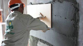 Giá keo dán đá granite hiện nay trên thị trường giao động như thế nào?