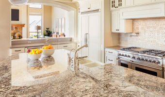 Chất tẩy rửa tự làm đơn giản này có thể làm cho bàn đá granite lấp lánh