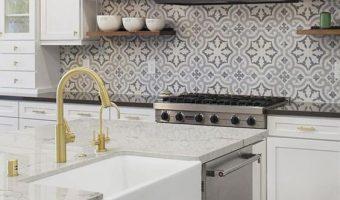 5 lý do vì sao bạn nên chọn gạch bông cho backsplash nhà bếp của mình