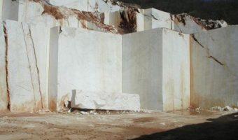 Đá granite – Hàng nội địa hay nhập khẩu? Mặt hàng nào tốt hơn?
