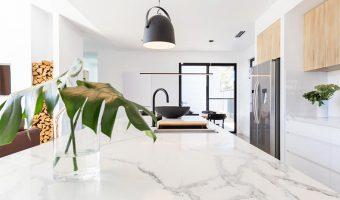 Chăm sóc thế nào để đá marble ốp bàn bếp luôn sáng bóng và hấp dẫn