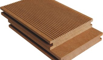Ưu điểm và hạn chế của gỗ nhựa PVC so với gỗ tự nhiên