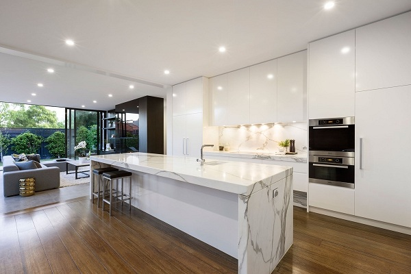 Những mẫu đá marble trắng ốp bếp hoàn hảo 14