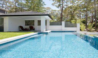 Các loại gạch ốp lát bể bơi được tin dùng nhất hiện nay