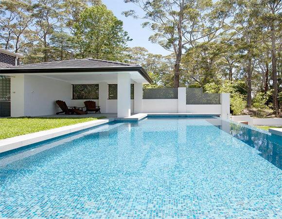 Các loại gạch ốp lát bể bơi được tin dùng nhất hiện nay-1