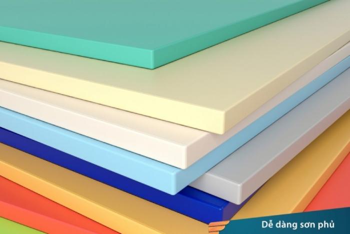 Tấm nhựa PVC foam và những ưu nhược điểm đáng chú ý