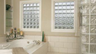 7 lí do đặc biệt khi lựa chọn gạch kính cho vách ngăn phòng tắm