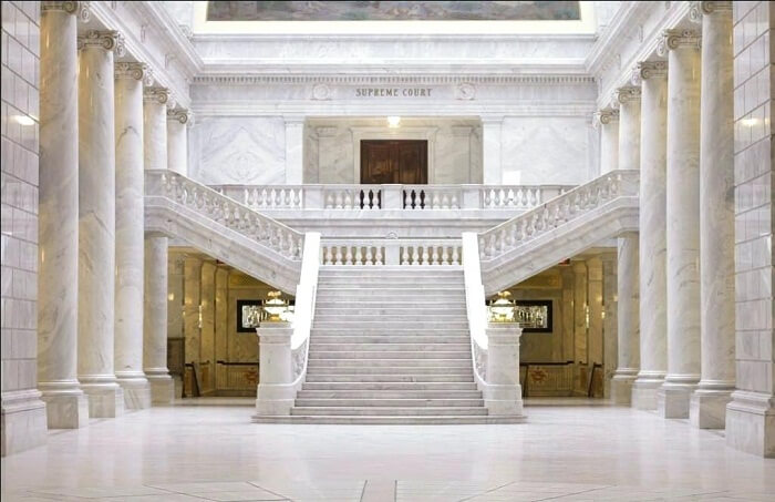 Cầu thang đá marble và những điều bạn chưa biết