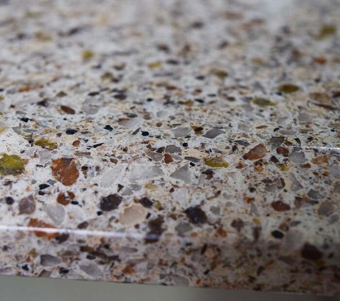 Đá granite nhân tạo có gì khác biệt so với đá granite tự nhiên?