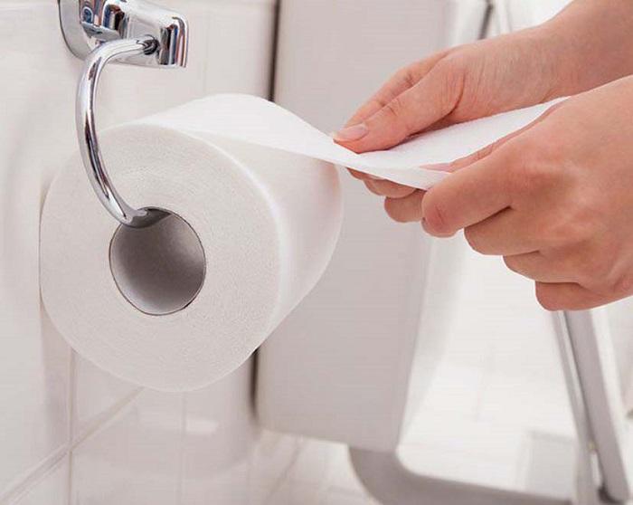 Những sai lầm thường gặp khi sử dụng bồn cầu vệ sinh-5