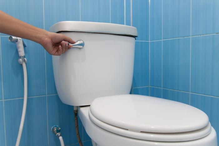 Những sai lầm thường gặp khi sử dụng bồn cầu vệ sinh