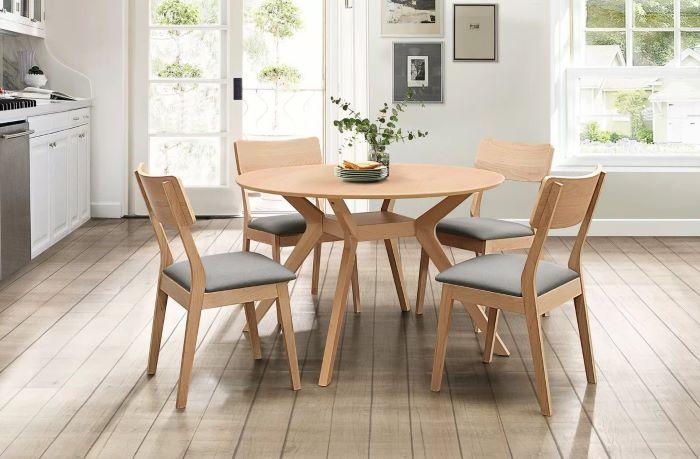 Tìm hiểu ý nghĩa các mẫu bàn ăn tròn bằng gỗ-4