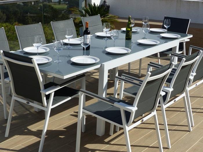 Tròn mắt với những mẫu bàn ăn đẹp 10 ghế siêu sang chảnh-6