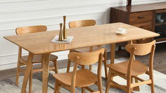 Nên chọn bàn ăn gỗ công nghiệp hay gỗ tự nhiên?