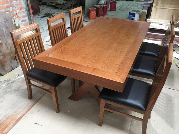 Bộ bàn gỗ sồi nguyên khối