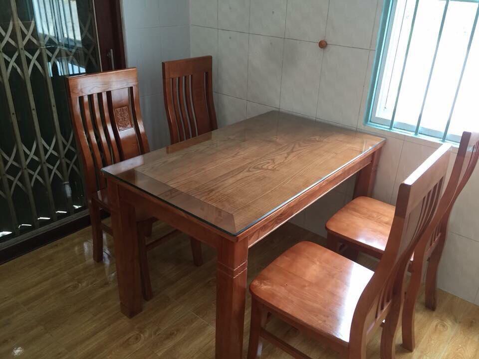 bàn gỗ sồi đỏ