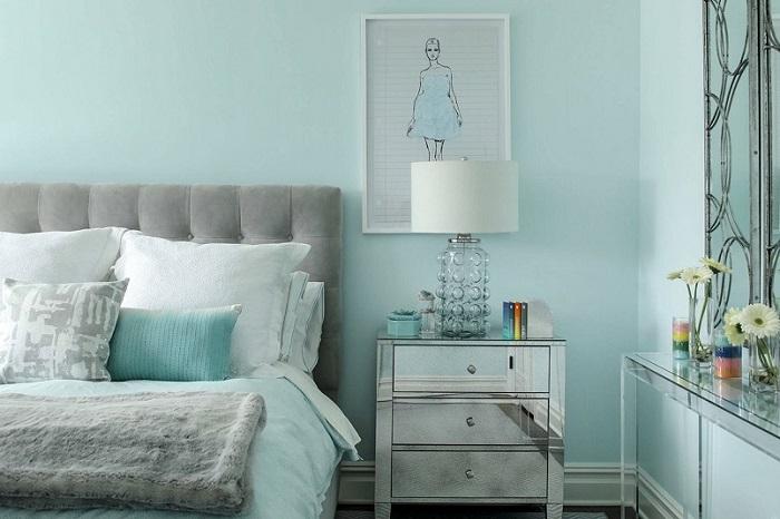 Phòng ngủ màu xanh ngọc nhạt