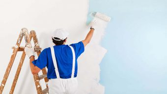 Hướng dẫn cách sơn lại tường cũ khi đã sơn phủ