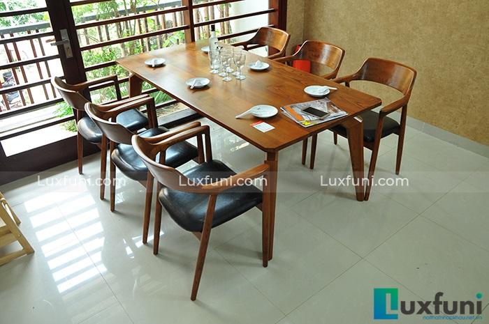 Bàn ăn đẹp 6 ghế làm bằng gỗ sồi
