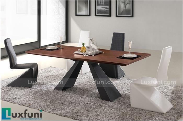Mẫu bàn ăn gỗ đẹp dáng bay