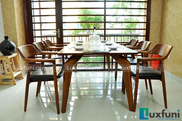 Bàn ghế ăn đẹp bằng gỗ sồi