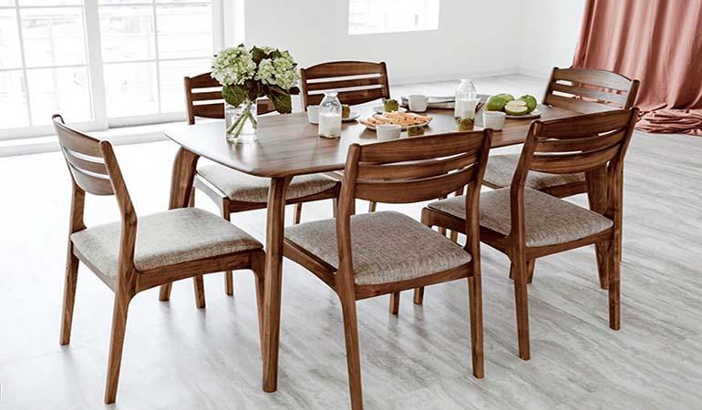 Top 10+ bàn ăn gỗ công nghiệp nhỏ gọn cho căn hộ chung cư-1
