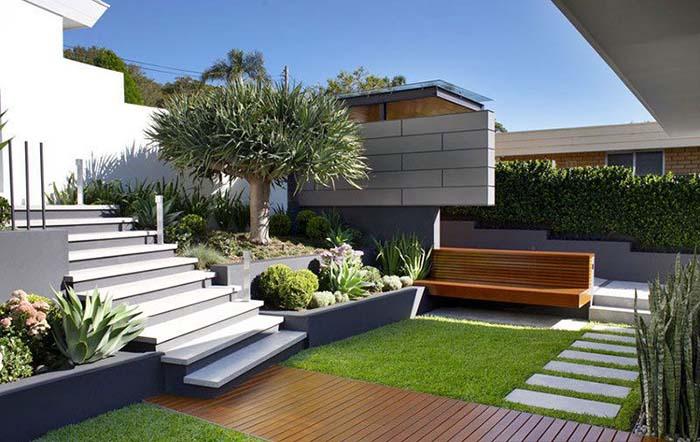 Không gian xanh ngoài sân vườn